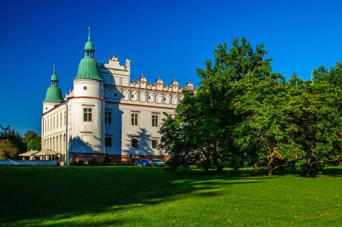 Zamek w Baranowie Sandomierskim atrakcje Podkarpacia